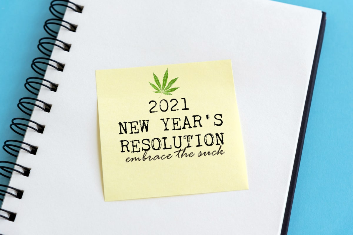 5 tips for new years resolutions including using cbd oil